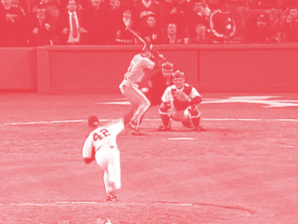 Mariano Rivera throwing a baseball
