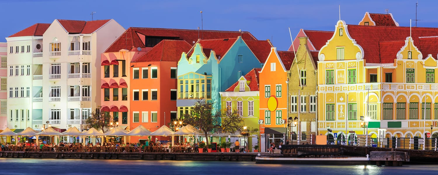 Find flights from Brazil to Curacao (CUR) from USD 422*