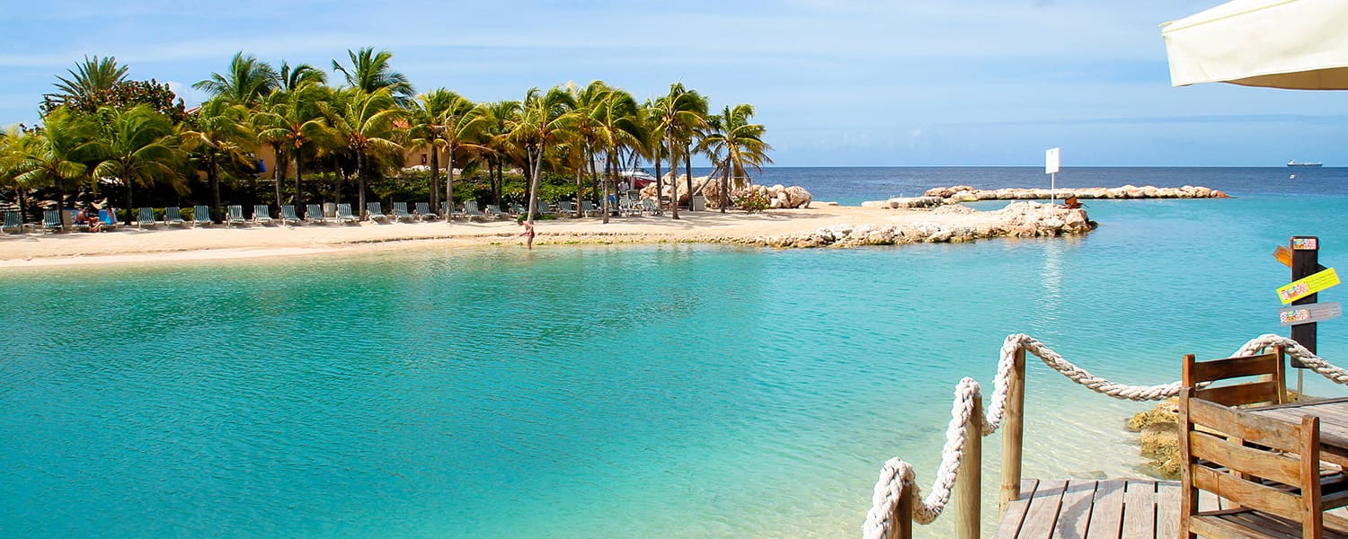 Find Copa Airlines flights from El Salvador to Curaçao Island