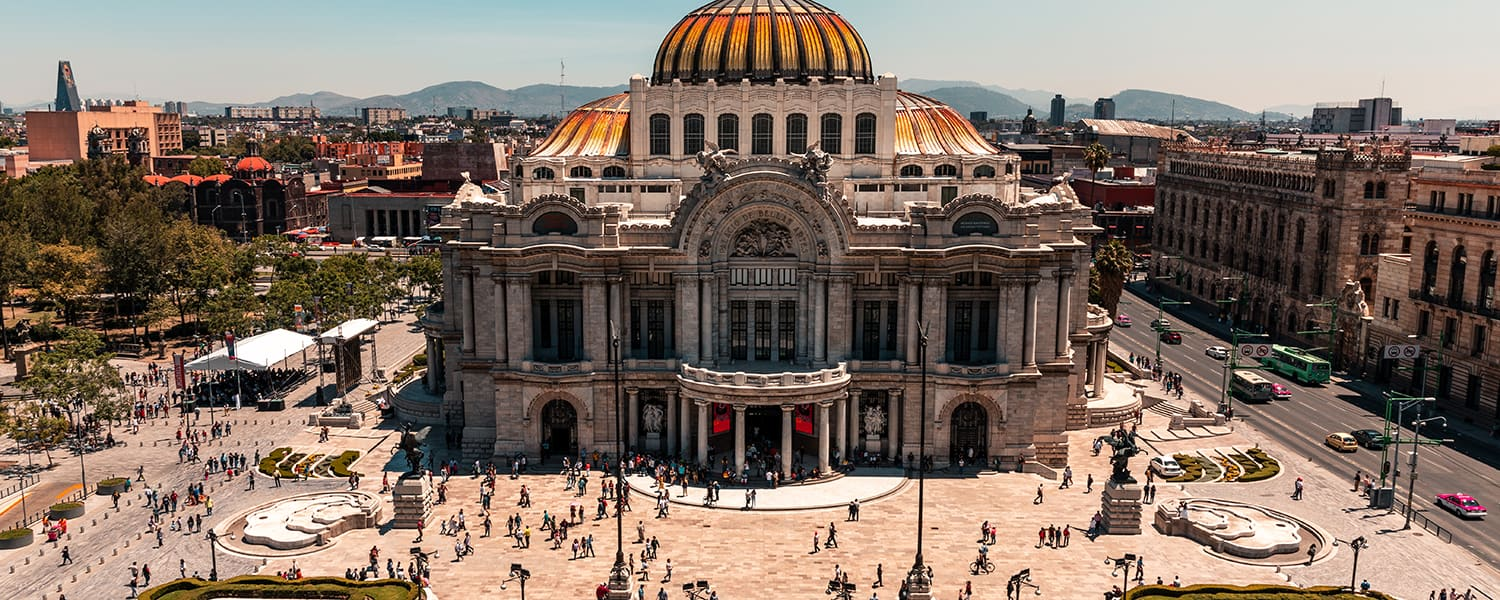 Find flights from Santo Domingo (SDQ) to Mexico City (MEX) from USD 715*