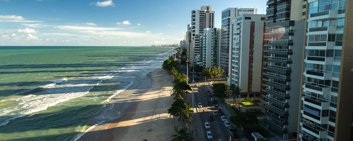 Find flights from Toronto (YYZ) to Recife (REC) from USD 1,146*