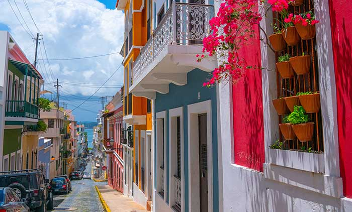 Discover the history of Puerto Rico